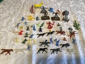VINTAGE JOBLOT OF Over 40 PLASTIC COWBOY INDIAN  And Other Figures  COLLECTIBLE