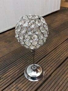 GLAMOROUS TEA LIGHT HOLDER WITH A SILVER METAL STEM AND ACRYLIC JEWELS #W/E