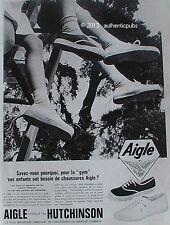 PUBLICITE AIGLE CHAUSSURES BASKET NO VANS FABRIQUE PAR HUTCHINSON 1964 FRENCH AD