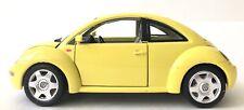 Bburago 1998 Volkswagen New Beetle Diecast Car Yellow 1:18 Scale