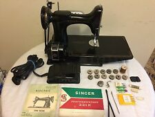 SINGER 221-K FEATHERWEIGHT SEWING MACHINE W/CASE  BOOKS ,SOME ACCESS