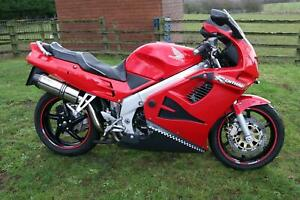 Honda VFR750 F VFR 750 F 1996 long MOT, lots of new parts, recently serviced.