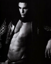 Baptiste Giabiconi UNSIGNED photograph - M2479 - French male model and singer