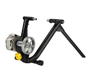 Saris Cycleops Fluid2 Indoor Bicycle Trainer Quiet Progressive Resistance Zwift