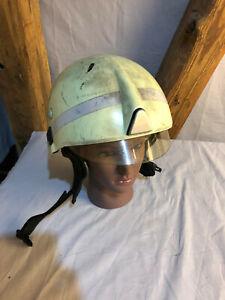 Schuberth F220 Feuerwehrhelm Helm Feuerwehr