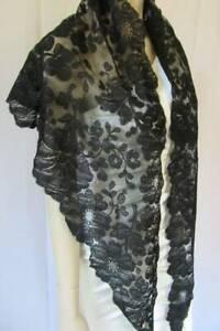 Antique Black Triangular Shawl Mantilla Chantilly Lace