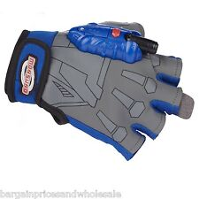 Monsuno Strike Gloves animated series Aiming