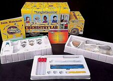 THE MAGIC SCHOOL BUS Chemistry Lab - 51 Experiment Cards!  NEW OPEN BOX! Ages 5+
