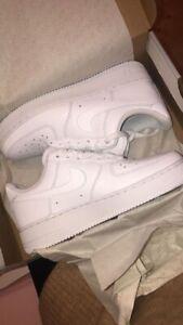 Nike Womens Air Force 1 CMFT TC Size 7.5 - White