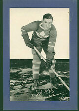 1934-43 Group I Beehive Photos Nicholas Nick Metz Toronto Maple Leafs Single