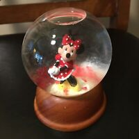 The First Limited Edition Walt Disney Crystal Snow Globe Minnie Mouse