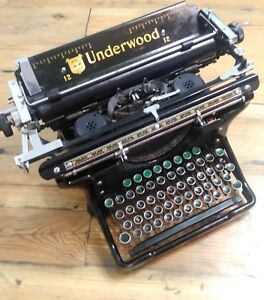 Vintage Underwood Type Writer Serial No.# 456667-12
