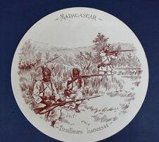 """ASSIETTE EN SARREGUEMINES MADAGASCAR""""TIRAILLEURS HAOUSSAS"""""""