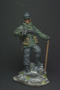 Tin soldier figure Mountain shooter. Germany 54 mm
