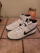 Nike Dunk High Kids Light Bone/Black Shoe (308319 051) Size 4.5. New. Ships free