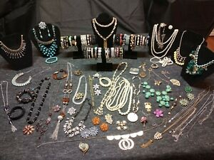 Estate Jewelry Lot Gold Silver Tone Rhinestones Broches Pins Necklaces Bracelets