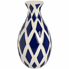 NAVY AND WHITE DIAMOND PATTERN VASE - STORE SMALL FLOWERS INSIDE.