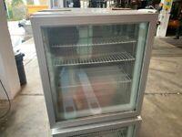 scandomestic - Display Gefrierschrank mit Glastür und Beleuchtung / -9 bis -24°C