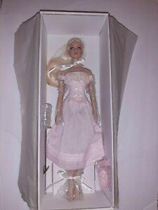Cinderella Basic Tonner Doll NRFB 2007 Platinum Hair BW Body NEW BEAUTIFUL !!