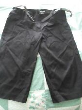NEW Woman's Junior size 9 Black Crop Pants Long Shorts with Belt from Rampage