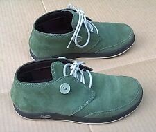 Chaco Olivine Green Suede Oxford Lace Up Button Embellished 5 1/2 M Very Good