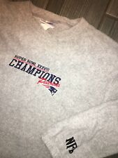 Vintage Superbowl XXXVIII New England Patriots Sweater Large Retro