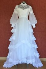 """bridal gown,perfect conditions,appliqués,tiers and sweep train,size S( 24""""waist)"""