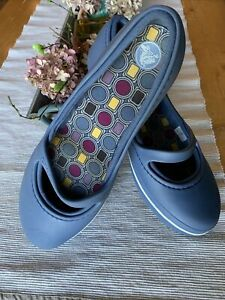 Women's Crocs sz 10 W strap Bluish Purplish