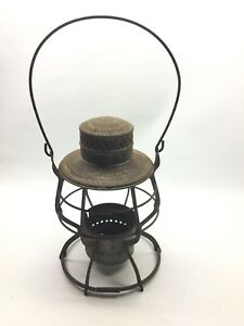 Canadian Pacific Railway Railroad Lantern E.T. Wright Manufacturing