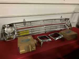 """NOS 1969 FORD TRUCK """" RANGER """" GRILLE WITH HEADLIGHT BEZELS C9TZ-8200-A FoMoCo"""