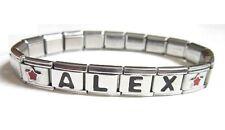 Bracelet italien prénom lettre avec logo étoiles rouge.