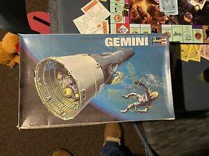 Revell NASA Gemini Space Capsule 1/24 Scale Open Box Model Kit No Reserve