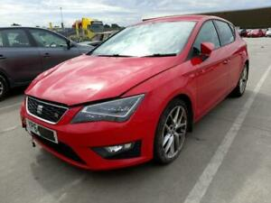 BREAKING SEAT LEON FR 2015 IN RED COLOUR