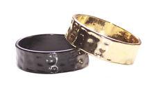 Magnífico dos Multipack-Dorado Y Negro anillo de metal repujado en forma de mano (Zx155)
