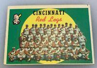 1959 Topps # 111 Cincinnati Red Legs Team Baseball Card Reds Redlegs