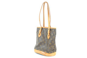 LOUIS VUITTON Petit bucket Monogram handbag M42238