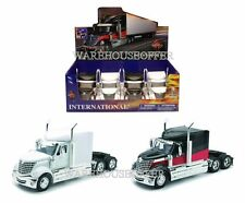 NEW RAY 1:32 DISPLAY INTERNATIONAL LONESTAR SEMI-TRUCK SS-52941 DIECAST CAR