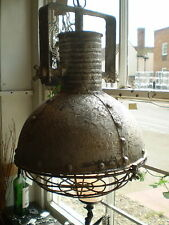 LONDON IRON,METAL URBAN INDUSTRIAL STYLE ELECTRIC  CEILING HANGING LAMP,LANTERN