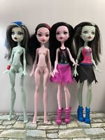 Monster High - 4 Doll Lot (no fully articulated) - Used