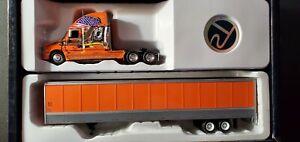 1/53 Scale, Tonkin, Freightliner Cascadia w/ 53' dry van trailer, Schneider #2