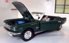 Véhicules miniatures verts MOTORMAX en plastique