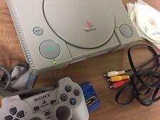 PlayStation Primo Modello + Joipad + Memory + Gìochi