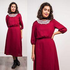 Mujeres Vintage años 80 Granate Borgoña Té Vestido día Crochet Cuello Victoriana 10