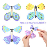 Neuheiten Spielzeug Magic Props Magischer fliegender Schmetterling Flying Card