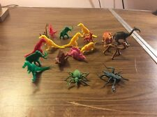 VINTAGE LARGE LOT OF PLASTIC/RUBBER TOY DINOSAURS AND OTHER CREATURES