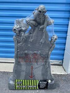 Spirit Halloween Beetlejuice Light Up Tombstone Graveyard Rare 2020 NEW