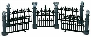 Lemax Spooky Town #44139 Gargoyle Fence Set of 5