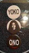 BEATLES:YOKO ONO BADGES BUTTONS PINBACKS