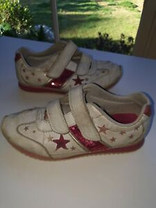 CLARKS GIRLS SHOES SIZE 1.5G WHITE & PINK SEQUINED SNEAKERS TRAINERS FOOTWEAR