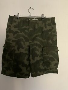 Urban Pipeline Cargo Camo Shorts Size 32 Military Army Style